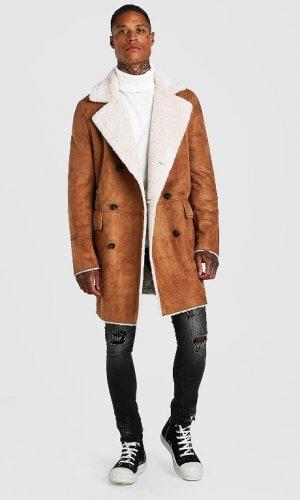 Темно-коричневе пальто із штучного замшу