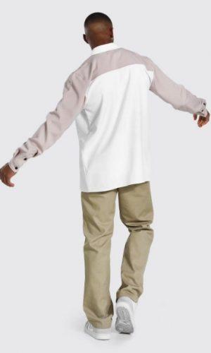 Чоловіча сорочка з чорними ґудзиками