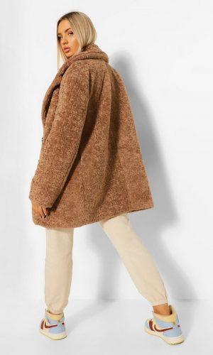 Розкішне фактурне плюшеве пальто